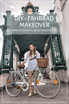 Diy Recycling Project to Guide the Paint, for an old Bike. Thus, if you are able to certainly be a makeover of your old Bike! Diy Upcycling, Upcycle, Bicycle Makeover, Tie Dye Tutorial, Diy Clothes And Shoes, Old Bicycle, Bicycle Bag, Perfect Fall Outfit, Bike Style