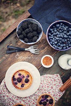 Fruity fresh tabletop by csokiparany, via Flickr