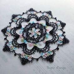 #tatting #frivolite #タティング  #tattinglace  #태팅레이스 #chiacchierino #анкарс #occhi #motif #doily #circle #black #lizbeth #mix