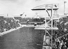 Caroline Smith, USA winning the 1924 Olympic Diving Comp in Paris, France