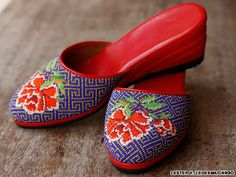 A Singaporean craftsman pursues the dying art of kasut manek and explains why it takes so long to produce a pair of traditional beaded slippers