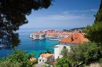Le guide touristique de la  Croatie présente les incontournables, les spécialités et tout ce qui est utile pour visiter la  Croatie et préparer son voyage.