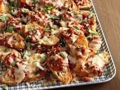 Pizza Nachos from #FNMag for the #BigGame