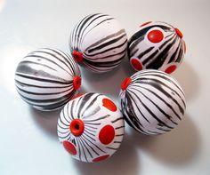 Tutorial: Easy Organic Stripes (alternate) by artybecca, via Flickr