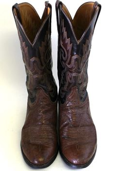 Lucchese Classic Men's Boots Size 8E Size Leather #Lucchese #CowboyWestern Western Cowboy, Western Boots, Cowboy Boots, Men's Boots, Tall Boots, Classic Man, Engineers, Leather, Accessories