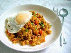 Peng's Kitchen: Kimchi Bokkeum Bap (Kimchi Fried Rice)