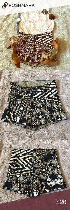 Stylish BCBG Maxazria Shorts Patterned and slightly high waisted shorts. Super fashionable and amazing for summer! BCBG Maxazria BCBGMaxAzria Shorts