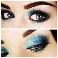 Emma Pickles: Smokey Blue Galaxy Eyes