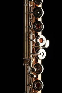 Muramatsu 9K Gold Flute -- Offset G with C# Trill Lever Detail
