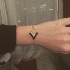 """55 Likes, 3 Comments - Camille - Les Petits Trésors (@boutiquelespetitstresors) on Instagram: """"Prochaine nouveauté ✨ Bracelet «Angelina» - Noir / Blanc / Doré ✨ En vente prochainement sur le…"""""""