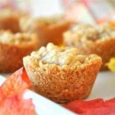 Cook's Guide to make Apple Crisp Cups recipe using 3 large McIntosh apples - peeled, cored, and cup tablespoons white teaspoon ground cinnamon, or to cups all-purpose cups rolled cups brown teaspoon ground teaspoon ground nutmeg cups butter Mini Desserts, Desserts To Make, Dessert Recipes, Apple Desserts, Oatmeal Crisp, Apple Crisp, Apple Recipes, Fall Recipes, Mini Apple Tarts