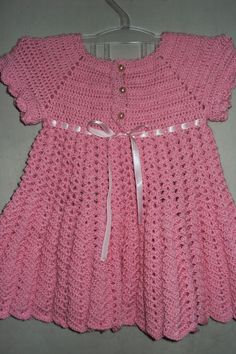 Crochet Dress For Baby – Material and Footsteps Boy Crochet Patterns, Crochet Baby Dress Pattern, Crochet Baby Clothes, Crochet For Boys, Vestidos Bebe Crochet, Beautiful Crochet, Toddler Dress, Baby Knitting, Crochet Toddler Dress