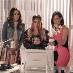 'Younger' just ended its best season yet. Here's what Sutton Foster, Hilary Duff and Miriam Shor had to say about it. Sutton Foster, Hilary Duff, Summer Tv Shows, Younger Tv Series, Blouse Fleurie, All Pop, Best Duos, Orange Is The New, Movies