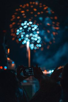 Capturing The End of 2018 iPhone X wallpaper Hd Background Download, Picsart Background, Background Images For Editing, Blurred Background, Boxing Day, Fireworks Pictures, Photo And Video Editor, New Backgrounds, Pixel