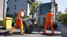 Aus vier Gründen darf die Müllabfuhr die Leerung der Tonnen verweigern. (Quelle: imago/Jochen Tack)