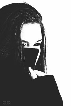 Queen of hell II by 2sidesstudio on DeviantArt