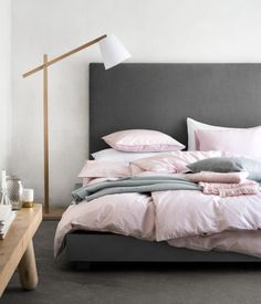 Pink bedding maybe? Not too pink but just right Product Detail | H&M US
