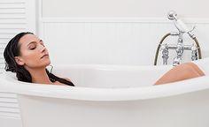 (Zentrum der Gesundheit) - Stress gilt als bedeutende Ursache für eine chronische Übersäuerung und damit für gesundheitliche Probleme aller Art. Ein umfassendes Stressmanagement und ein effektives Programm zur Entsäuerung gehören daher mit zu den wichtigsten Massnahmen, um gesund, ausgeglichen und leistungsfähig zu bleiben. Ein umfassendes Stressmanagement ist übrigens leichter als Sie glauben. Nehmen Sie einfach zwei- bis dreimal wöchentlich ein warmes Basenbad zur Entsäuerung, geniessen…