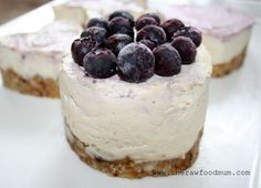 Raw Berry Cheesecake