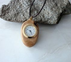 Oliven Holz Medaillon Uhr Uhrenhalsband Pocket Watch, Etsy, Watches, Vintage, Accessories, Fashion, Olives, Craft Gifts, Clock