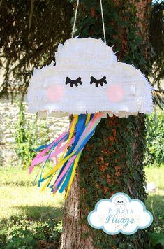 Rainbow First Birthday, Diy Birthday, Birthday Party Decorations, Birthday Parties, Eid Mubarak Stickers, Eid Stickers, Rainbow Pinata, Rainbow Cloud, Glace Diy