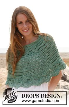 Spearmint Poncho By DROPS Design - Free Crochet Pattern - (garnstudio) Cardigan Au Crochet, Crochet Cape, Crochet Poncho Patterns, Crochet Shawls And Wraps, Crochet Scarves, Crochet Clothes, Knit Crochet, Ravelry Crochet, Crochet Edgings
