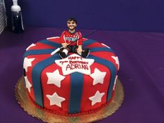 For all of the hockey fans out there, an Alexander Ovechkin Washington Capitals cake. Birthday Fun, Birthday Cake, Hockey Cakes, Hockey Party, Camping Breakfast, Fan Out, Camping Gifts, Let Them Eat Cake, How To Make Cake