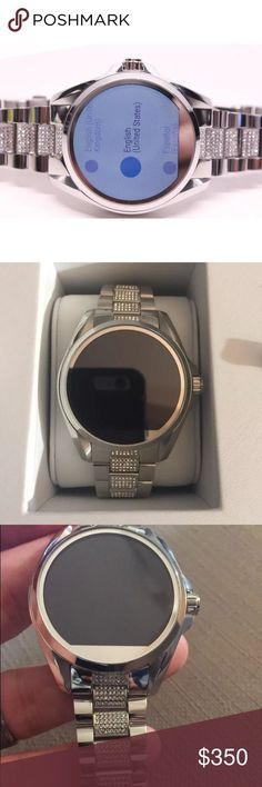 44470e536b0b  LAST DAY  Micheal Kors smart watch with crystals! Michael Kors MLT5000  Bradshaw Silver