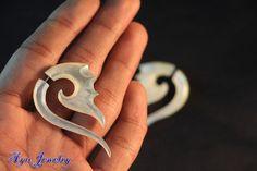 Sea Shell Earring Ethnic Tribal Design Fake Gauge by ayujewelry, $17.50  #mop #like2 http://www.etsy.com/shop/ayujewelry