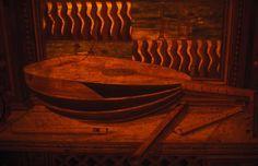 Lute anamorphosis, part 2, Urbino studiolo.