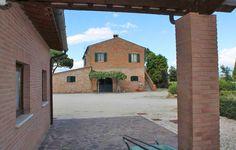#farmhouse in #Montepulciano