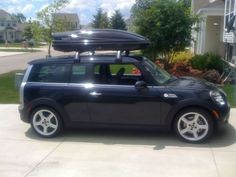 Mini Clubman S with roof box