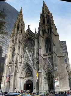 Love the architecture of Catholic churches.  I have to see this in person. St.Patrick's Cathedral , 5th Ave, New York