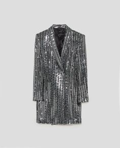 what not to wear to a holiday party editors picks zara Fashion Night, Girl Fashion, Fashion Design, Zara Dresses, Casual Dresses, Vestidos Zara, Sequin Outfit, Looks Street Style, New Years Eve Outfits