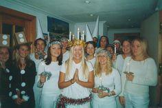 Celebrando Santa Lucía en el colegio