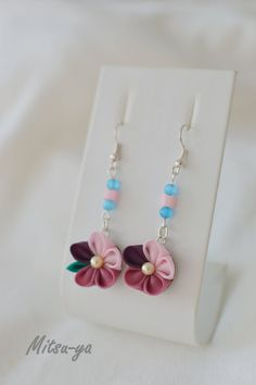 Tsumami kanzashi flower Earrings Cherry blossom / Pink
