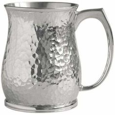 Flint Tankard, Modern Tankard - The randomly hammered texture is a fresh alternative to the classical orderly hammered finish of the body. #pewter #RoyalSelangor