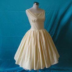 Gorgeous Cotton Appliqued Wedding Dress
