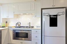 Posez votre stickers sur votre frigo, et poser vos post-it pour ne rien oublier aux commissions... Kitchen Appliances, Kitchen, Appliances, Home