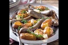 Jitrnice pečené na česnekových bramborách Sausage, Food And Drink, Meat, Design, Sausages, Chinese Sausage