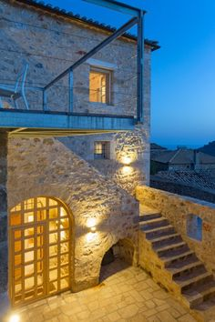 Reconstruction of a stone house in Lefktro, Mani, Greece - hhh architects