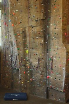 4 Simple Drills to Improve your Footwork for Climbing.