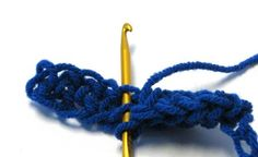 How to hook the Siberian stitch - makes double-thickness of fabric.  Site has two video tutorials also.  #crochet #stitch
