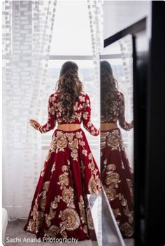 51 Ideas Indian Bridal Lehenga Red Outfit For 2019 Wedding Lehnga, Indian Bridal Lehenga, Indian Bridal Outfits, Indian Bridal Wear, Bridal Dresses, Dress Wedding, Red Lehenga, Lehenga Choli, Wedding Suits