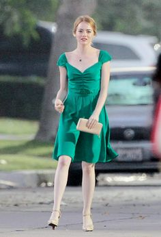 New pictures of Emma Stone on the set of her new movie 'La La Land', August 17, 2015
