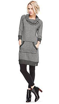 Sweatjurk in de s. Sporty Chic, Office Fashion, Loungewear, Refashion, Look, Dress Up, Glamour, Trends, Sweatshirts