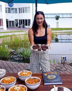 Zdroj: Jana Šimkovičová Zumba, Pilates, Cooking, Fitness, Pants, Fashion, Pop Pilates, Kitchen, Trouser Pants
