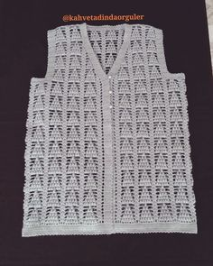 This Pin was discovered by Sar Baby Knitting Patterns, Crochet Patterns, Summer Cardigan, Jacket Pattern, Crochet Cardigan, Crochet Clothes, Vest Jacket, Free Crochet, Stitch