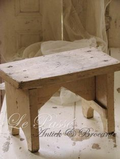 Harbor View Night Stand Salt oak - Driftwood 4 Us - Harbor View Night Stand Salt oak – Driftwood 4 Us Le Passe ~ Antiek & Brocante Driftwood Furniture, Repurposed Furniture, Pallet Furniture, Furniture Projects, Furniture Plans, Rustic Furniture, Carpentry Projects, Wooden Projects, Wood Crafts