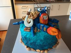 Tamatoa - inspired by Ashlee Maree. Once again my son challenged me with for his bday cake request but I was pretty pleased with this effort